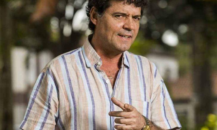 Américo (Felipe Camargo)