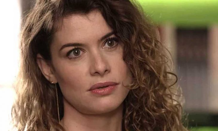 Isabel (Alinne Moraes)