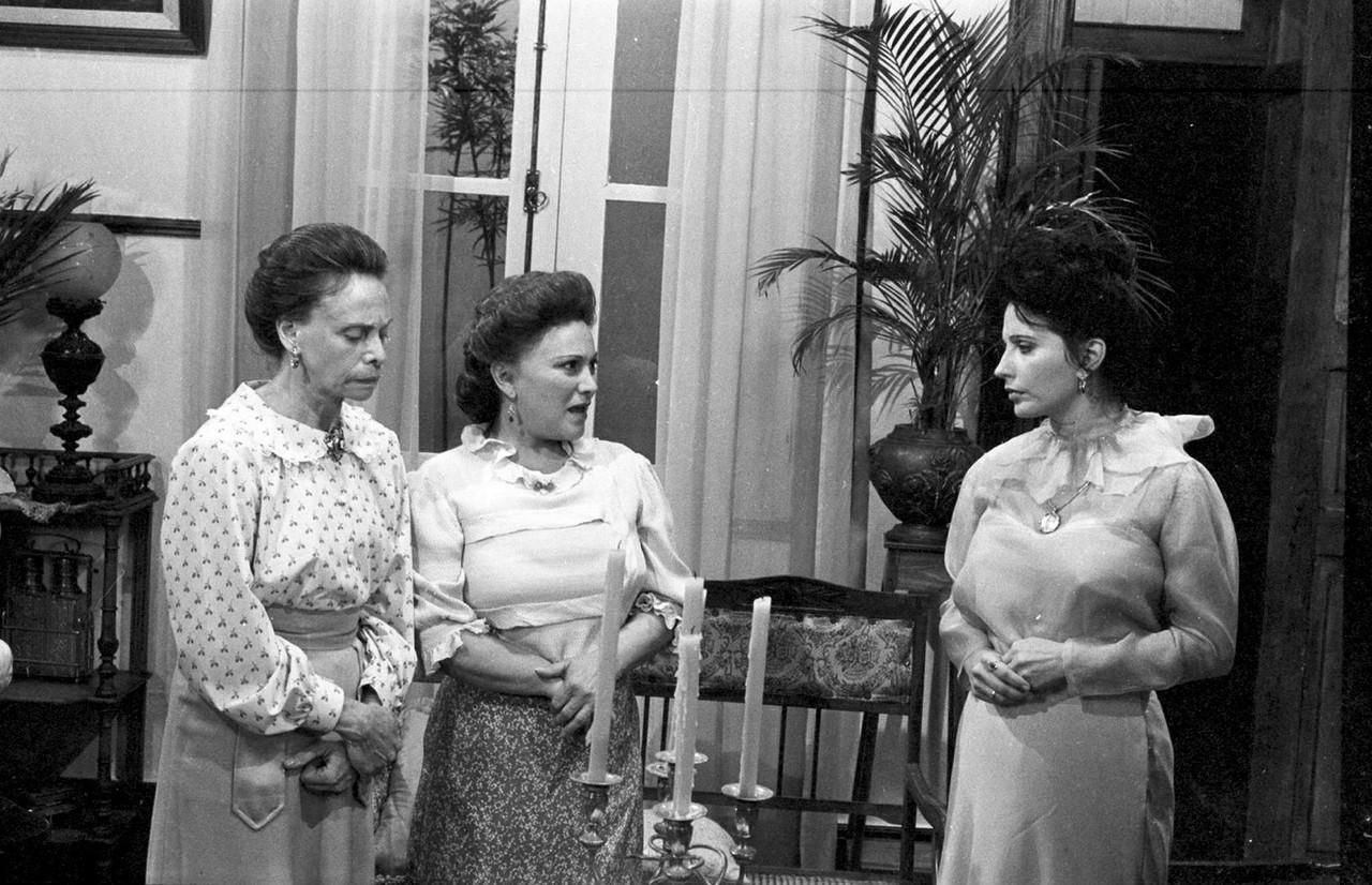Myriam Pires, Nicette Bruno e Maria Isabel de Lizandra em 'Tenda Dos Milagres / Foto: Acervo TV Globo