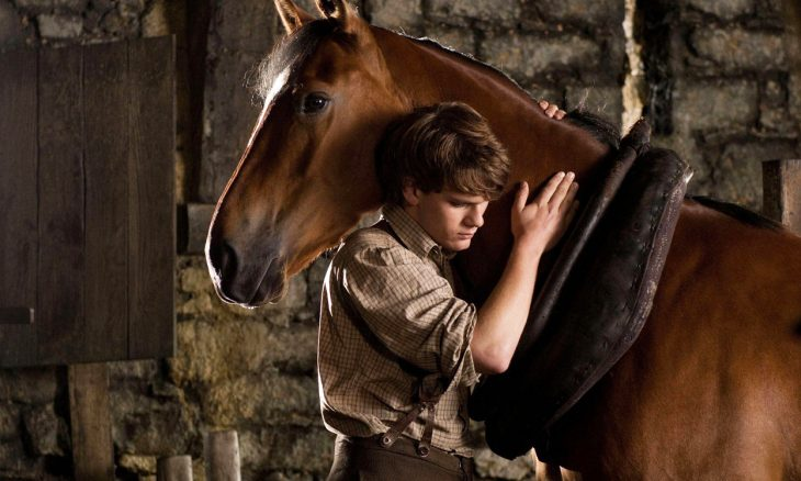 """Globo exibe """"Cavalo de Guerra"""" nesta terça-feira (19) em Sessão da Tarde"""