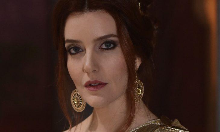 """Claudia (Larissa Maciel) em """"Novela Jesus"""" / Foto: TV Record"""