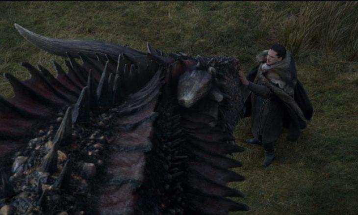 """Jon Snow monta um dos dragões de Daenerys em """"Game of Thrones"""""""