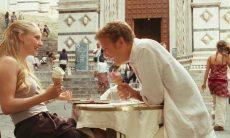 """Amanda Seyfried e Christopher Egan no filme """"Cartas para Julieta"""""""
