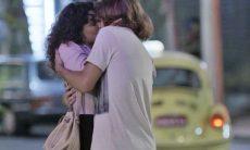 """Moana (Giovana Cordeiro) e João (Rafael Vitti) em """"Verão 90"""""""
