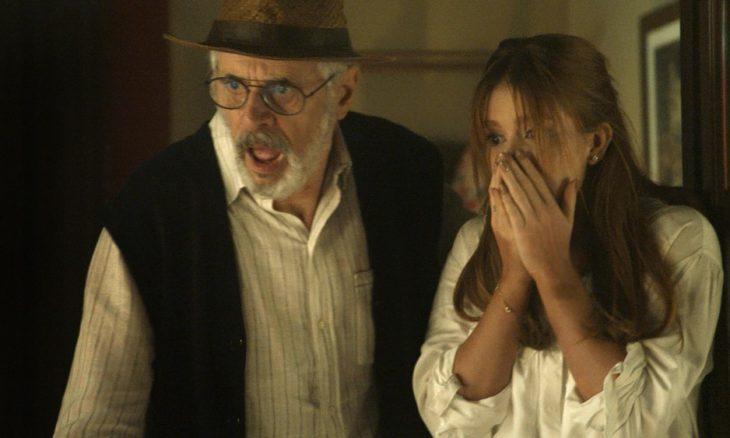 """Sóstenes (Marcos Caruso) e Luz (Marina Ruy Barbosa) em """"O Sétimo Guardião"""""""
