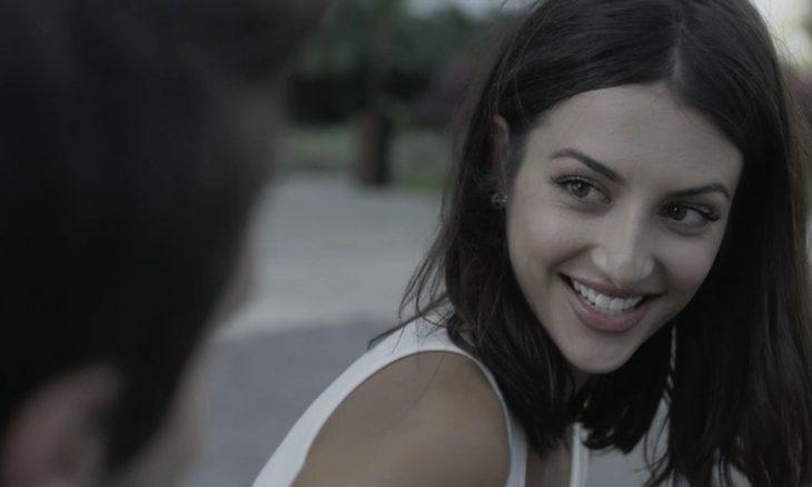 Camila (Anaju Dorigon) em Órfãos da Terra / Foto: TV Globo