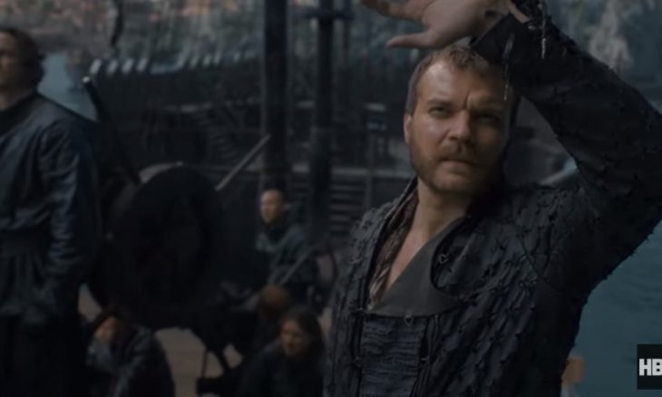 "Euron (Johan Philip Asbæk) na prévia do quinto episódio de ""Game of Thrones"""
