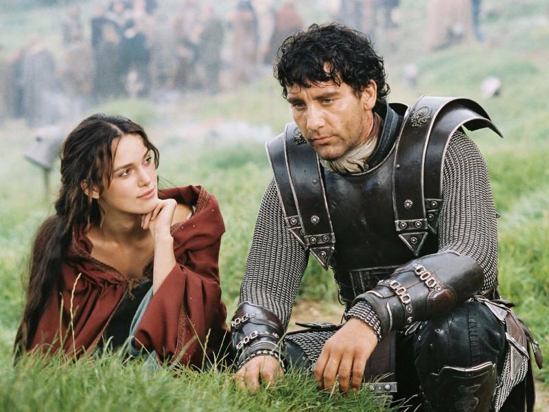 """Keira Knightley e Clive Owen no filme """"Rei Arthur"""" / Foto: Divulgação"""