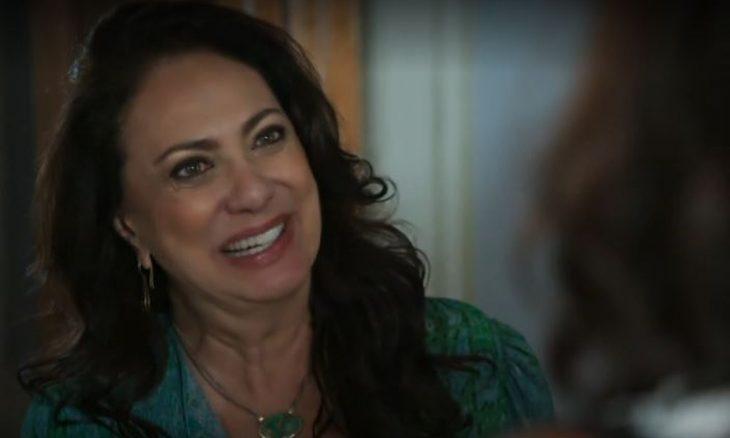 """Rania (Eliane Giardini) em """"Órfãos da Terra"""" / Foto: TV Globo"""