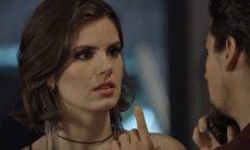 """Vanessa (Camila Queiroz) em """"Verão 90"""" / Foto: TV Globo"""