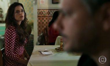 """Zuleika (Emanuelle Araújo) e Almeidinha (Danton Mello) em """"Órfãos da Terra"""" / Foto: TV Globo"""