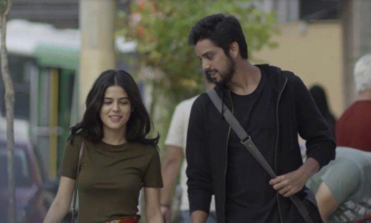 Laila (Julia Dalavia) e Bruno (Rodrigo Simas) / Foto: TV Globo