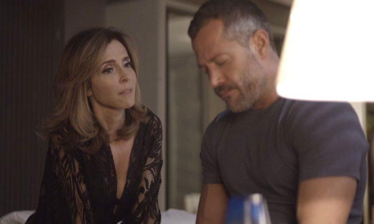 Lyris (Déborah Evelyn) e Agno (Malvino Salvador) / Foto: TV Globo