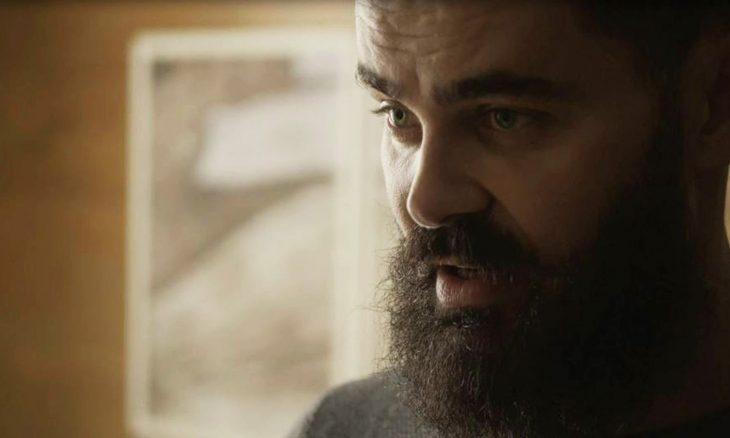 "Paul (Carmo Dalla Vecchia) em ""Órfãos da Terra"" / Foto: TV Globo"