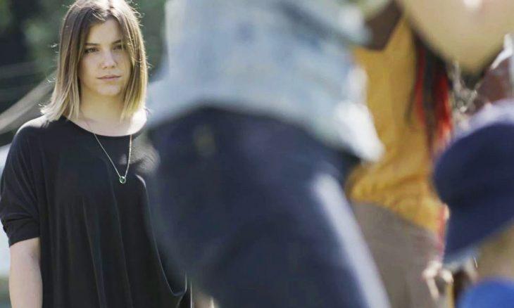 """Dalila (Alice Wegmann) e Raduan em """"Órfãos da Terra"""" / Foto: TV Globo"""
