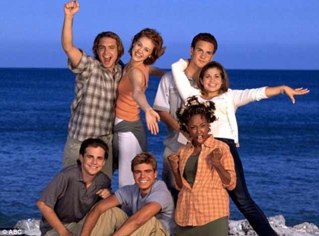 Em 1998, a ruiva foi a principal integrante do elenco na sexta temporada do amado programa Boy Meets World como Rachel McGuire