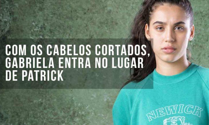 """Com os cabelos cortados, Gabriela entra no lugar de Patrick e faz uma cesta. Hoje (7/10) em """"Bom Sucesso"""""""