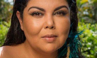 Após a morte de Maurício Sherman, Fabiana Karla chora ao vivo e se afasta do 'Se Joga'