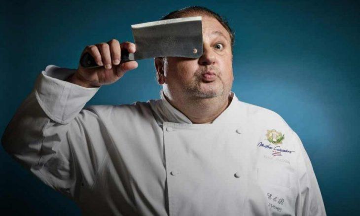O chef Erick Jacquin a comanda o programa Pesadelo na Cozinha
