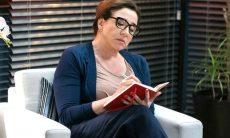 """Isadora/Marcela ameaça deixar a terapia se Diogo não pagá-la . Hoje (26) em """"Bom Sucesso"""""""