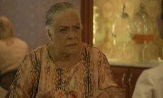 """Dona Céu chantageia Fabiana. Quinta (7) em """"A Dona do Pedaço"""""""