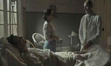 No hospital, Júlio pede que Emília fale com Lola. Sábado (30) em Éramos Seis