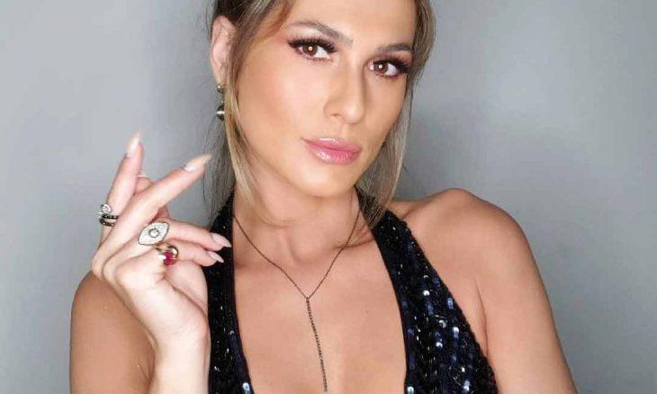 """Livia Andrade de vestido vermelho colado, brinca com fãs: """"Katchup?"""""""