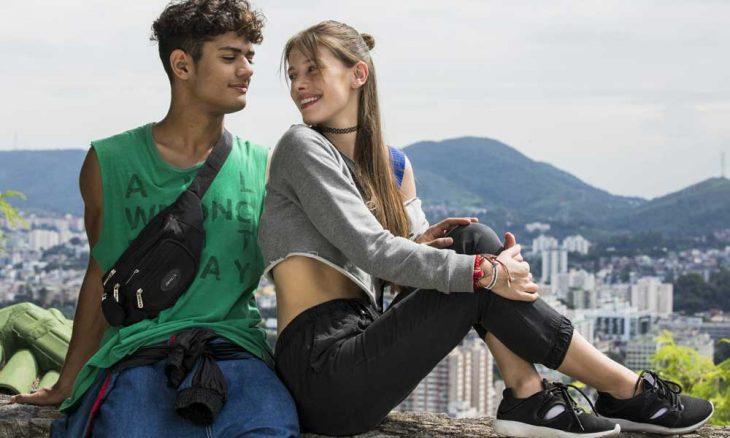 """Marco alerta Cléber sobre as intenções de Tatoo com Anjinha. Segunda (18) em """"Malhação"""""""
