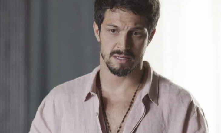 """Marcos fica intrigado com a revelação de Vera. Hoje (2) em """"Bom Sucesso"""""""