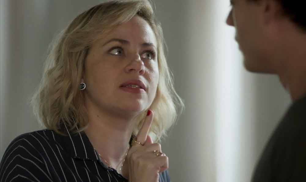 Regina se surpreende por Max ajudar Meg