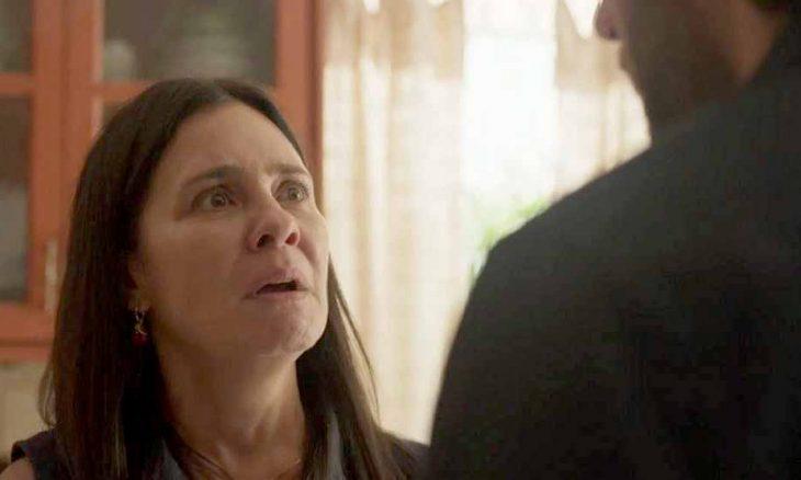 Gabo prejudica Thelma para ajudar Marconi. Hoje (26) em Amor de Mãe