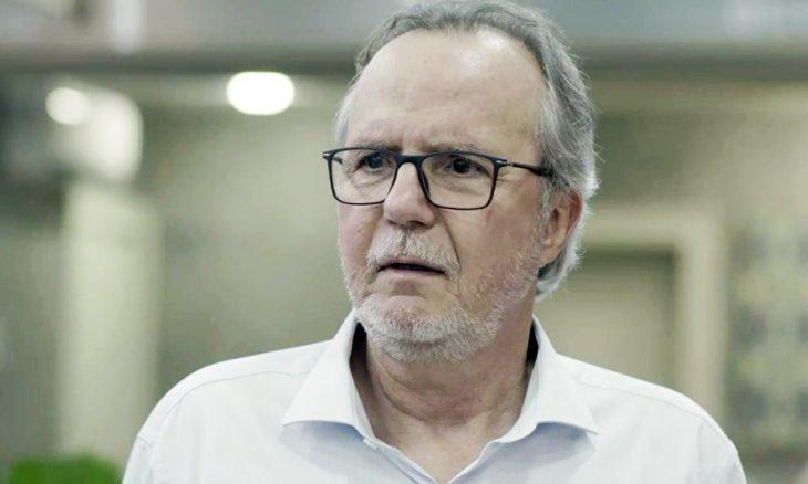 """Daniel decide apresentar César à sua família. Quarta (29/1), em """"Malhação"""""""