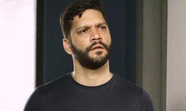 """Diogo oferece dinheiro a Pessanha para atentar contra Paloma. Nesta quinta (9/1), em """"Bom Sucesso"""""""