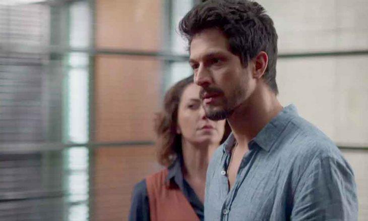 Marcos é preso e pede ajuda para Machado. . Nesta segunda (6) em Bom Sucesso
