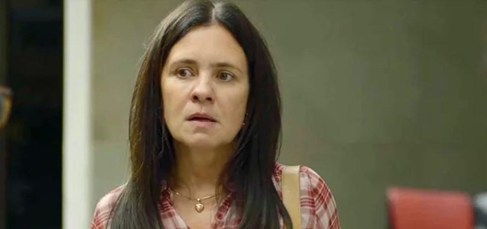 """Thelma se surpreende ao encontrar Jane. Sexta (10/1), em """"Amor de Mãe"""""""