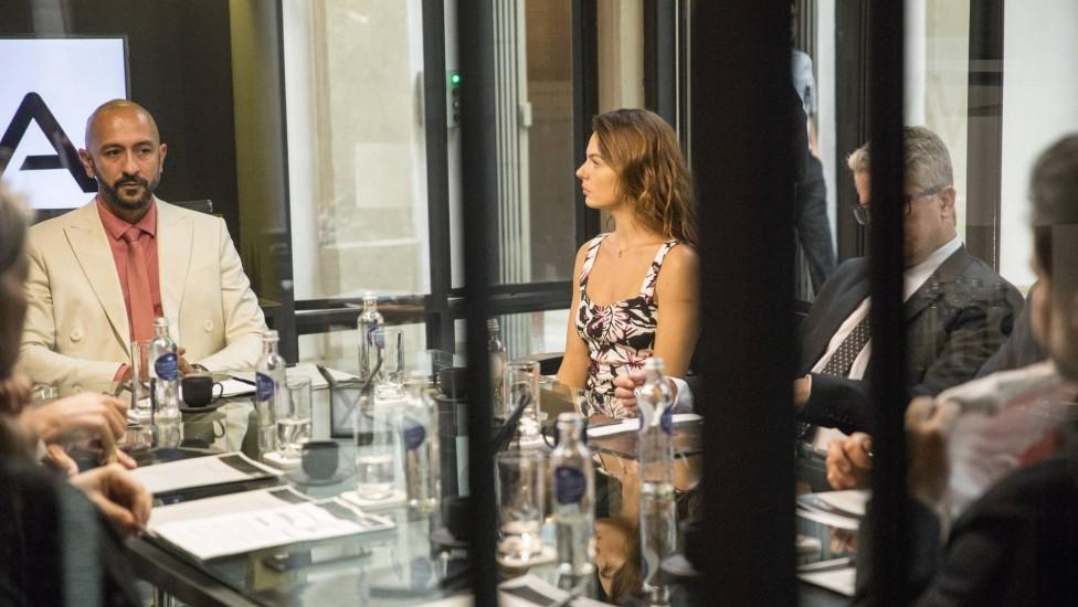 """Betina apoia Raul na presidência da PWA. Sexta (21/1), em """"Amor de Mãe"""""""
