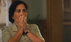 """Lola descobre que Carlos fez um seguro de vida. Sábado (8/2), em """"Éramos Seis"""""""