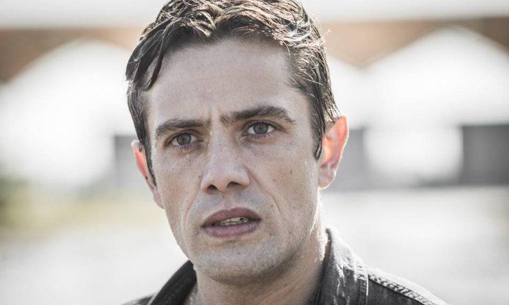 """Renzo fica tenso ao saber que Donato pode aderir à delação. Hoje (3/2), em """"Salve-se Quem Puder"""""""