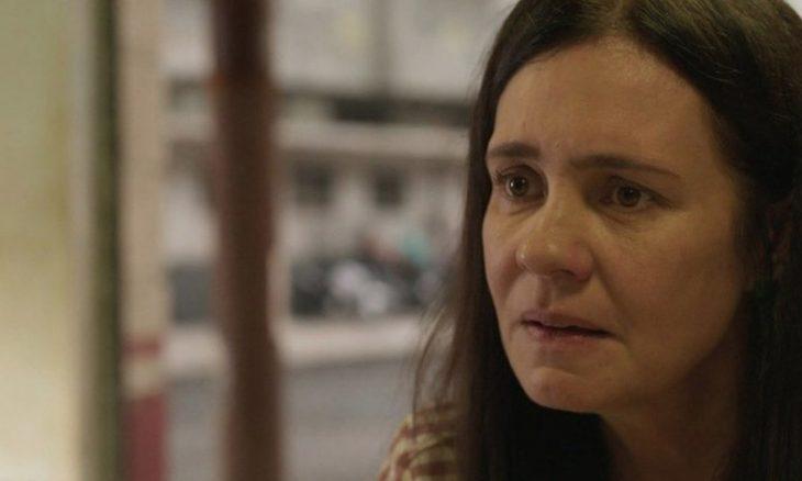 """Durval revela a Danilo que Thelma tem um aneurisma. Sexta (14/2), em """"Amor de Mãe"""""""