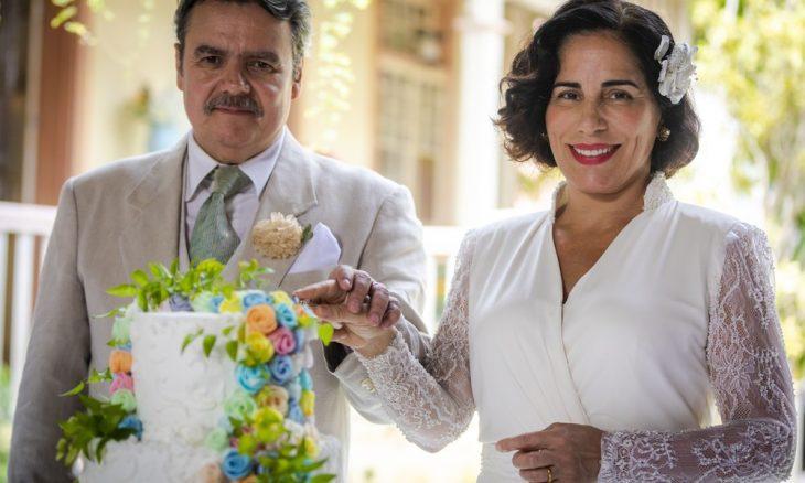 "Lola e Afonso se casam nos últimos capítulos de ""Éramos Seis"""