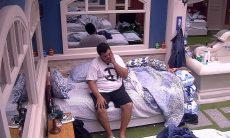 BBB20: 'Vamos fazer um dia de silêncio', diz Babu para Felipe