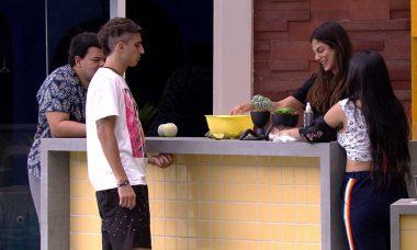 BBB20: Mari fala sobre Felipe e Flayslane