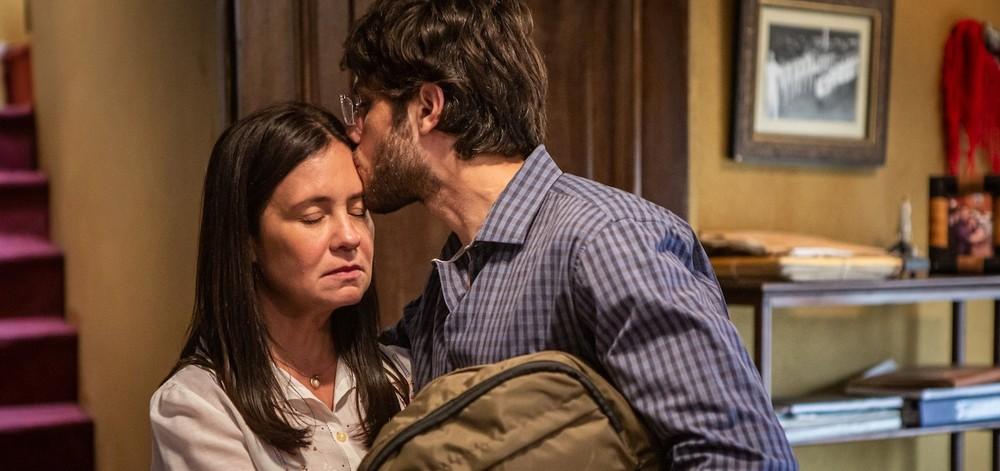 """Thelma conversa com Danilo sobre sua adoção. Hoje (2/3), em """"Amor de Mãe"""""""