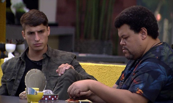 "BBB20: ""Quero muito que a Flayslane fique"", diz Felipe para Babu"