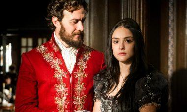 """Anna aceita o pedido de namoro de Thomas. Quinta (9/4), em """"Novo Mundo"""""""