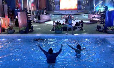 BBB20: Babu e Thelma pulam na piscina durante festa