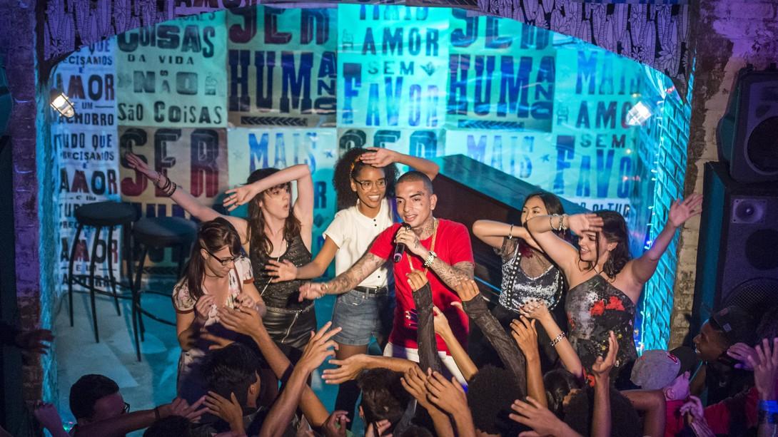 """As meninas decidem promover a """"Balada do Bebê"""". Quinta (9/4), em """"Malhação"""""""