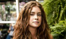 """Eliza sonha com Arthur e acaba beijando Jonatas. Quinta (9/4), em """"Totalmente Demais"""""""