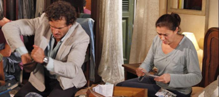 """Guaracy diz para Griselda que ela ganhou na loteria. Sexta (17/4), em """"Fina Estampa"""""""