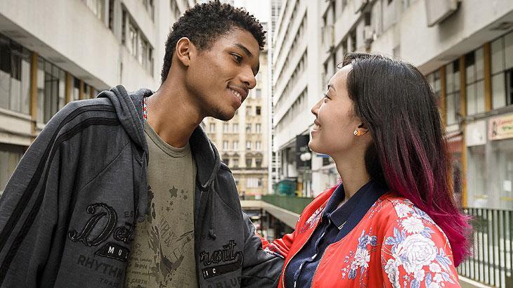 """Anderson e Tina se interessam um pelo outro. Quarta (8/4), em """"Malhação"""""""